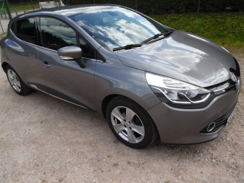 renault clio iv dci 90 intens gps 60968 kms garage gester vente de voitures d 39 occasions. Black Bedroom Furniture Sets. Home Design Ideas