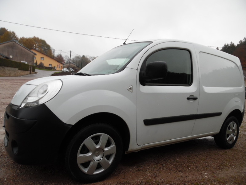 renault kangoo ii ste 1 5 dci 85 grd confort 2 pl 33953 kms garage gester vente de voitures d. Black Bedroom Furniture Sets. Home Design Ideas