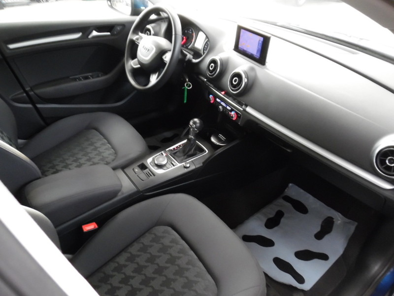 audi a3 new modele sportback 2 0 tdi 150 s tronic gps. Black Bedroom Furniture Sets. Home Design Ideas